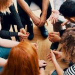 קבוצת תמיכה היא חלק משמעותי בתהליך גמילה